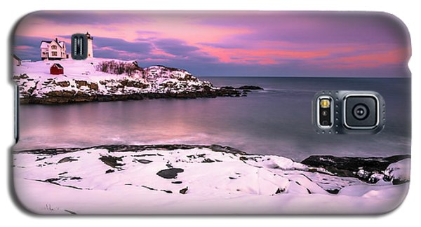 Sunset At Nubble Lighthouse In Maine In Winter Snow Galaxy S5 Case