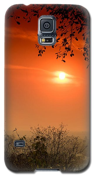 Sunset At Phnom Bakheng Of Angkor Wat Galaxy S5 Case