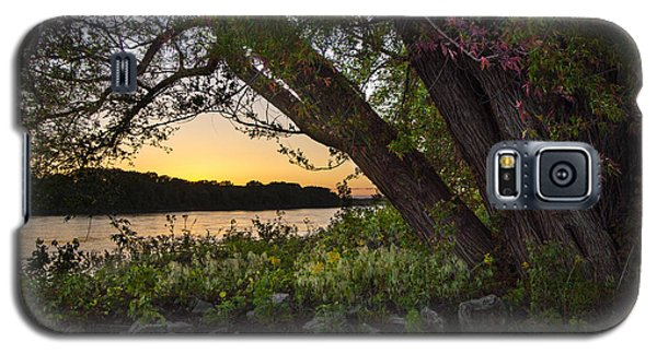 Sunset At The Confluence Galaxy S5 Case by Garry McMichael