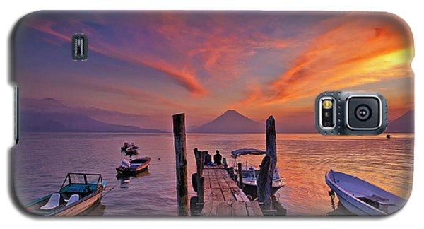 Sunset At The Panajachel Pier On Lake Atitlan, Guatemala Galaxy S5 Case
