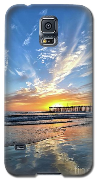 Galaxy S5 Case featuring the photograph Sunset At The Pismo Beach Pier by Vivian Krug Cotton