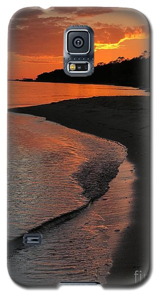 Galaxy S5 Case featuring the photograph Sunset Bay by Lori Mellen-Pagliaro