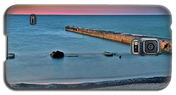 Galaxy S5 Case featuring the photograph Sunset Beach On Lake Erie by Frozen in Time Fine Art Photography