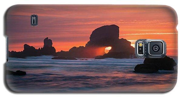 Sunset Behind Arch At Oregon Coast Usa Galaxy S5 Case