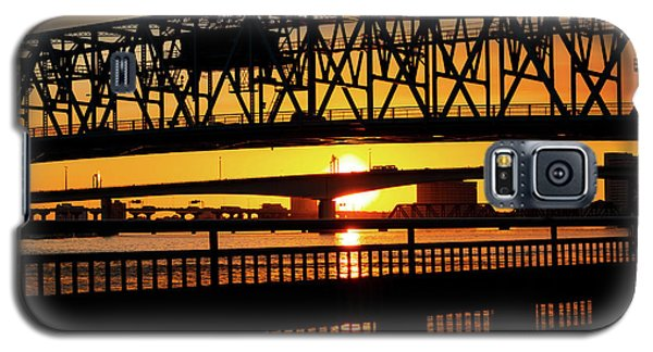 Sunset Bridge 4 Galaxy S5 Case by Arthur Dodd