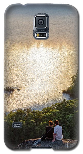 Galaxy S5 Case featuring the photograph Sunset Couple, Camden, Maine  -43980 by John Bald