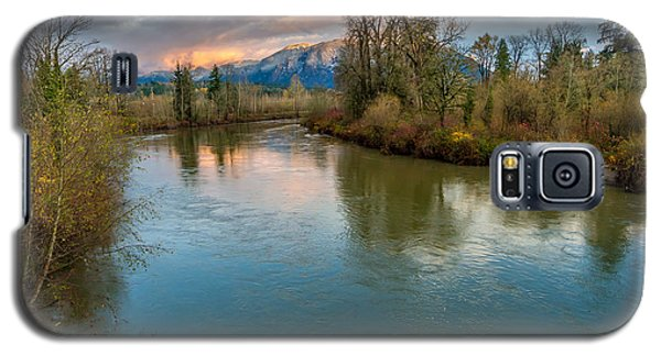 Sunset Glow Over The Snoqualmie River Galaxy S5 Case