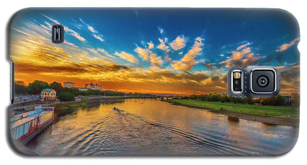 Sunset In Dresden Galaxy S5 Case by Pravine Chester