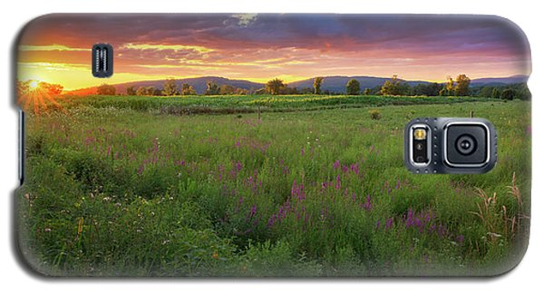 Galaxy S5 Case featuring the photograph Sunset In The Hills 2017 by Bill Wakeley