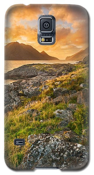 Galaxy S5 Case featuring the photograph Sunset In The North by Maciej Markiewicz