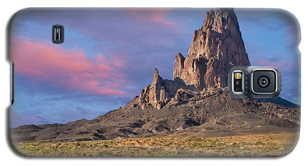Galaxy S5 Case featuring the photograph Sunset On Agathla Peak by Jeff Goulden
