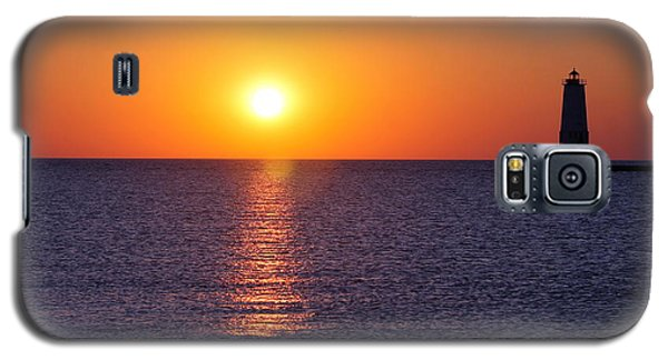 Galaxy S5 Case featuring the photograph Sunset On Lake Michigan by Bruce Patrick Smith