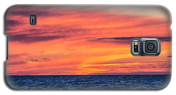 Sunset On The Bay Galaxy S5 Case