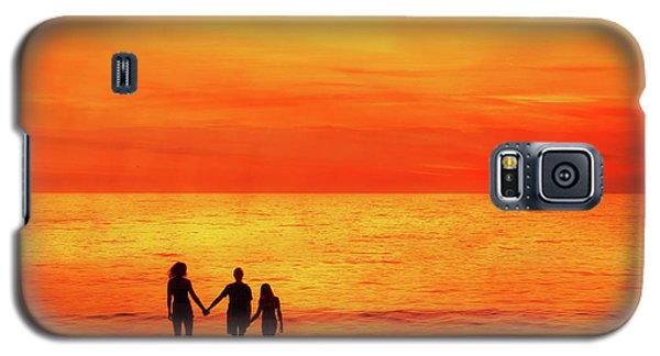 Galaxy S5 Case featuring the digital art Sunset On The Beach by Randy Steele
