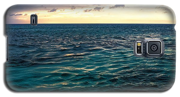Sunset On The Caribbean Galaxy S5 Case by Lars Lentz