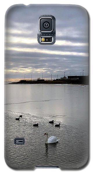 Sunset On The Water  Galaxy S5 Case