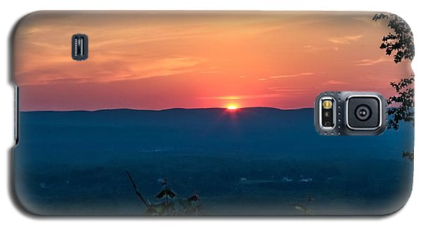 Sunset Over Easthampton Galaxy S5 Case