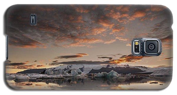 Galaxy S5 Case featuring the photograph Sunset Over Jokulsarlon Lagoon, Iceland by Chris McKenna