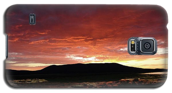 Galaxy S5 Case featuring the painting Sunset Over Mormon Lake by Dennis Ciscel