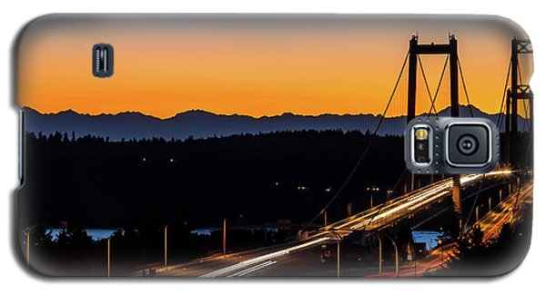 Sunset Over Narrrows Bridge Panorama Galaxy S5 Case by Rob Green