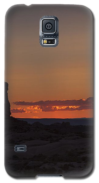 Sunset Over Rock Formation Galaxy S5 Case