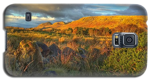 Galaxy S5 Case featuring the photograph Sunset Over The Campsie Fells by RKAB Works