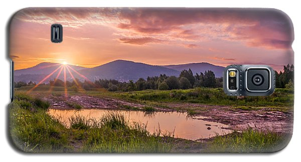 Sunrise Over The Little Beskids Galaxy S5 Case