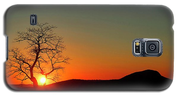 Galaxy S5 Case featuring the photograph Sunset Over Virginia by Darren Fisher