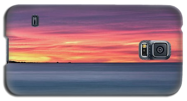 Galaxy S5 Case featuring the photograph Sunset Penisular, Bunker Bay by Dave Catley