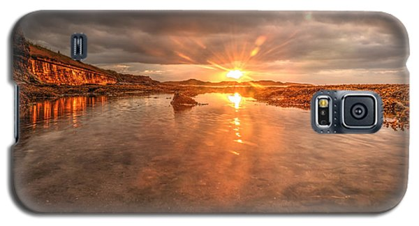 Sunset Reflection Galaxy S5 Case by Gouzel -