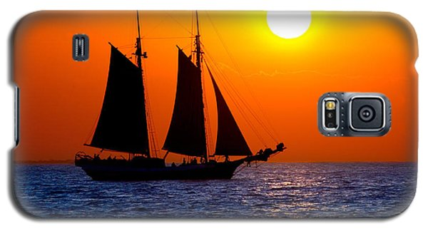 Sunset Sailing In Key West Florida Galaxy S5 Case by Michael Bessler