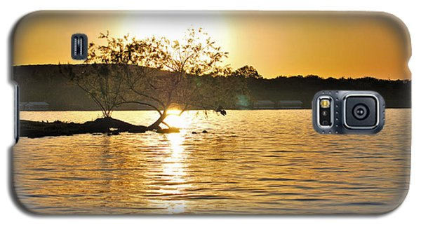 Galaxy S5 Case featuring the photograph Sunset Silhouette by Teresa Blanton