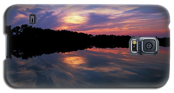Galaxy S5 Case featuring the photograph Sunset Swirl by Steve Stuller