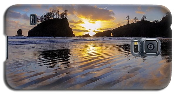 Galaxy S5 Case featuring the photograph Sunset Symphony by Mike Lang