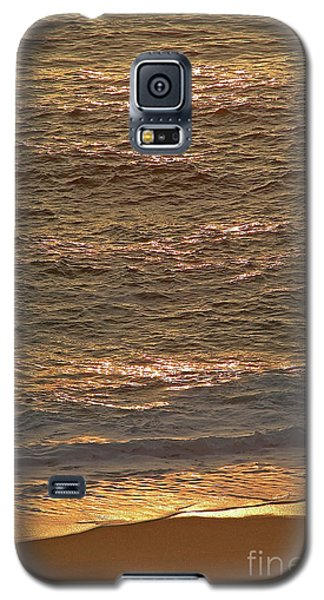 Sunset Waves Over Carmel Beach Galaxy S5 Case