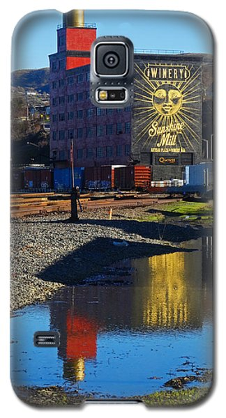 Sunshine Mill Reflection Galaxy S5 Case