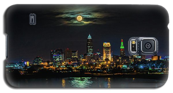 Super Full Moon Over Cleveland Galaxy S5 Case