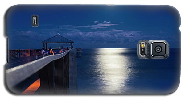 Galaxy S5 Case featuring the photograph Super Moon At Juno by Laura Fasulo
