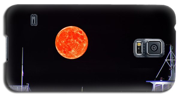Galaxy S5 Case featuring the photograph Super Moon Over Crazy Sister Marina by Bill Barber