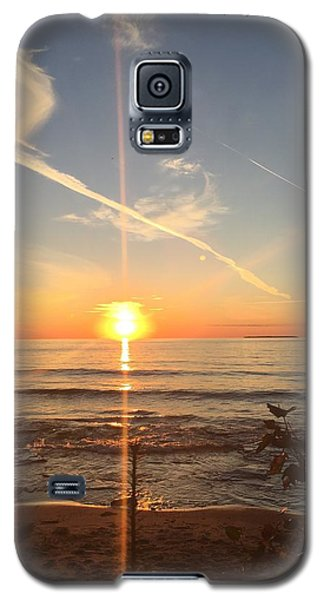 Galaxy S5 Case featuring the photograph Superior Sunset by Paula Brown