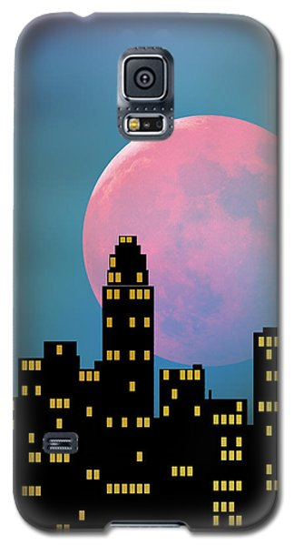 Galaxy S5 Case featuring the digital art Supermoon Over The City by Klara Acel