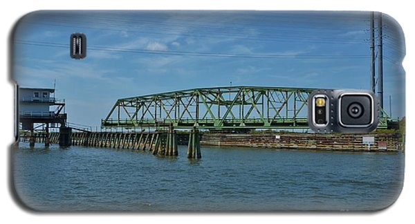Surf City Swing Bridge - 1 Galaxy S5 Case by Bob Sample