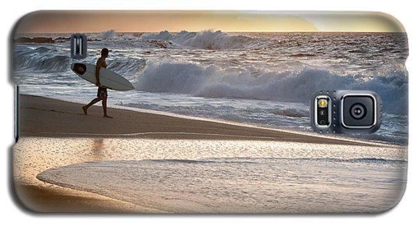 Surfer On Beach Galaxy S5 Case