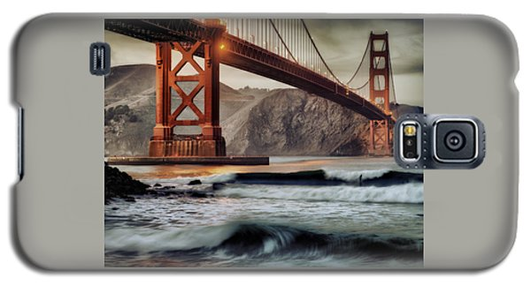 Surfing The Shadows Of The Golden Gate Bridge Galaxy S5 Case