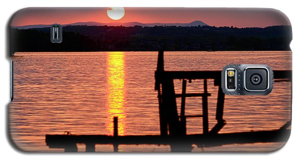 Surreal Smith Mountain Lake Dockside Sunset 2 Galaxy S5 Case