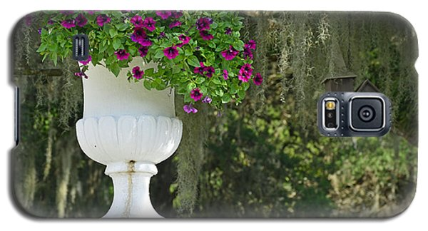 Suspended Chapel With Flowers Galaxy S5 Case
