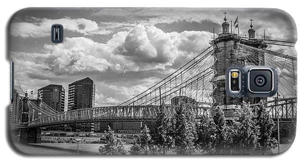 Suspension Bridge Black And White Galaxy S5 Case by Scott Meyer
