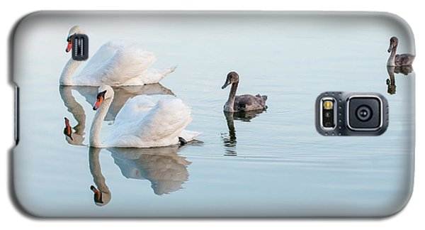 Swan Family Galaxy S5 Case