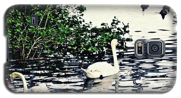 Galaxy S5 Case featuring the photograph Swan Family On The Rhine 2 by Sarah Loft