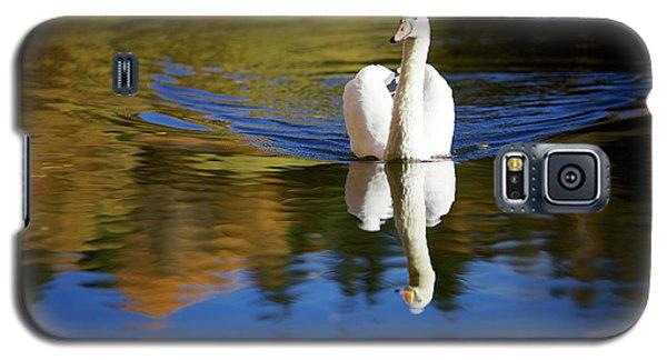 Swan In Color Galaxy S5 Case